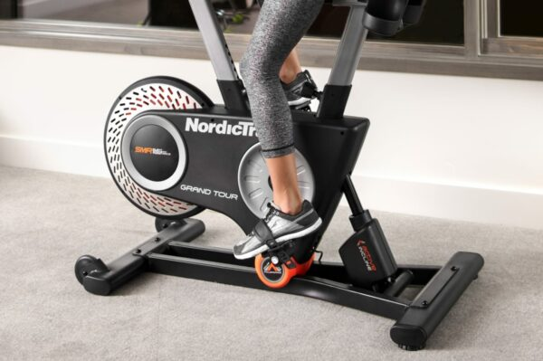 Private: NordicTrack Commercial VR25
